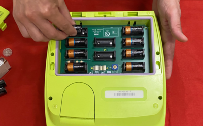 How To Change ZOLL AED Plus Defibrillator Batteries – Response For Life Tutorial